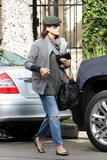 th_11413_Celebutopia-Kate_Walsh_with_ripped_jeans_in_Hollywood-25_122_2lo.JPG