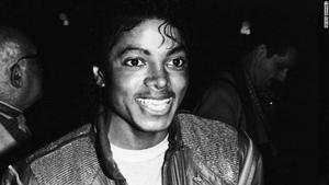 1983- Dream Girls Opening Night Th_798104633_120503093639_michael_jackson_dreamgirls_premiere_1983_story_top_122_228lo
