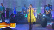 Lily Allen - Smile (Live @ Today NBC)