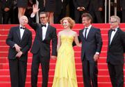 th_90637_Tikipeter_Jessica_Chastain_The_Tree_Of_Life_Cannes_041_123_388lo.jpg