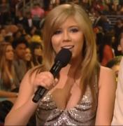 Jennette McCurdy at the Kid's Choice Awards 2012