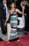 th_64376_Halle_Berry_The_Soloist_premiere_in_Los_Angeles_26_122_458lo.jpg