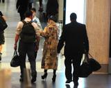 Lady Gaga - Página 3 Th_16678_Preppie_-_Lady_Gaga_departs_LAX_Airport_-_October_19_2009_992_122_535lo